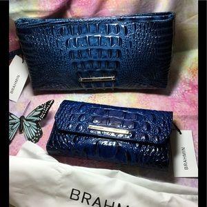 NWT Brahmin set wristlet & Checkbook wallet.